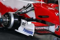Front wing of a Toyota Racing