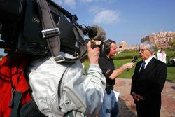 Martin Brundle ITV-F1 Commentator and Bernie Ecclestone