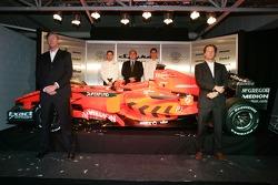 Victor Muller ve Michiel Mol ve Christijan Albers, Colin Kolles ve Adrian Sutil