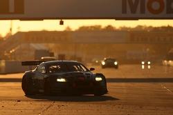 #63 Team Modena Aston Martin DB9: Darren Turner, Antonio Garcia, Liz Halliday