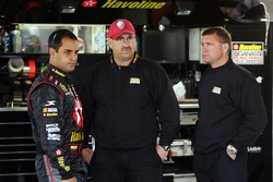 Juan Pablo Montoya with crew chief Donnie Wingo and car chief Mike Brill