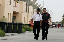 Aguri Suzuki, Super Aguri F1 et Nick Fry, Honda Racing F1 Team
