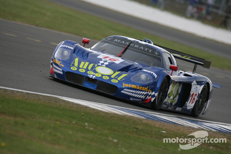 #16 JMB Racing Maserati MC 12 GT1: Joe Macari, Ben Aucott