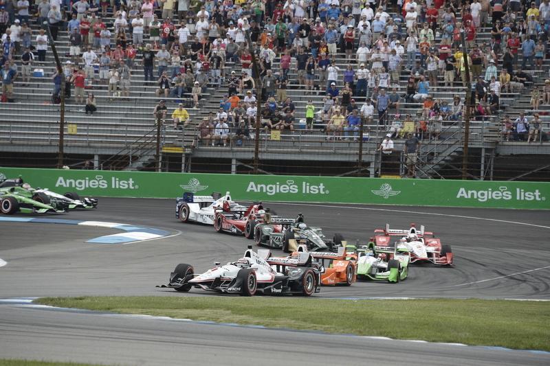 Restart: Will Power, Team Penske Chevrolet leads