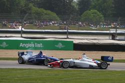 Ed Jones, Carlin and Jack Harvey, Schmidt Peterson Motorsports crash