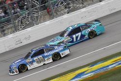 Dale Earnhardt jr., Hendrick Motorsports, Chevrolet, und Ricky Stenhouse jr., Roush Fenway Racing, Ford