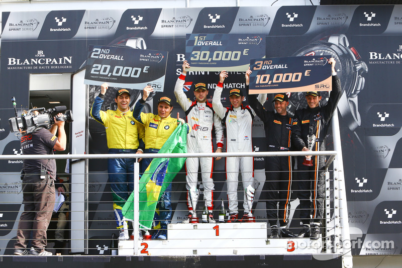 Podium: winners Robin Frijns, Laurens Vanthoor, second place Atila Abreu, Valdeno Brito, third place