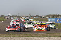 Matias Rossi, Donto 雪佛兰车队;Jonatan Castellano, Castellano Power道奇车队;Santiago Mangoni, Laboritto Jrs T
