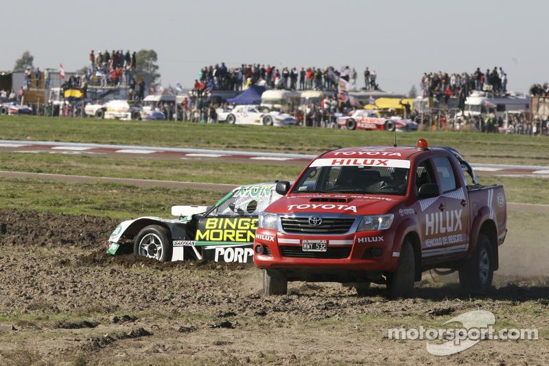 Rescue of Emiliano Spataro, UR Racing Dodge