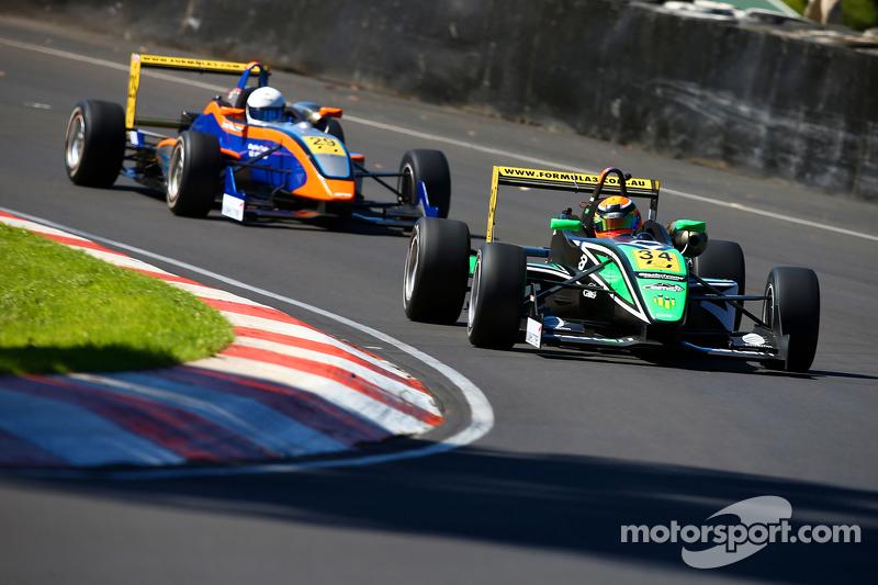 Aksi balapan F3 Australia dari Adelaide