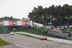 #62 Risi Competizione, Ferrari 458 GT3 Italia: Ricardo Perez mit Unfall