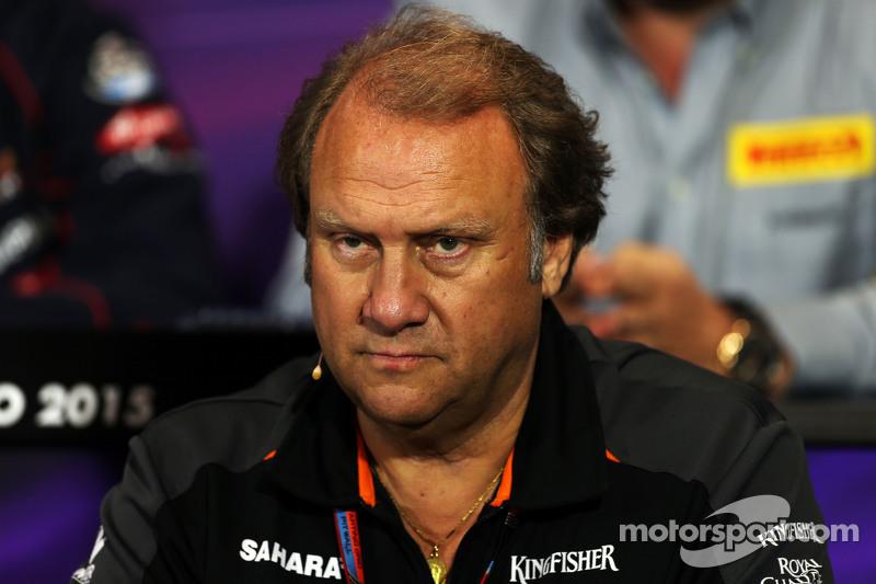 Robert Fernley, Sahara Force India F1 Team, stellvertretender Teamchef, in der FIA-Pressekonferenz