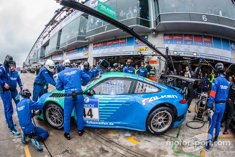 Boxenstopp für #44 Team Falken Tire, Porsche 997 GT3 R: Peter Dumbreck, Wolf Henzler, Martin Ragging