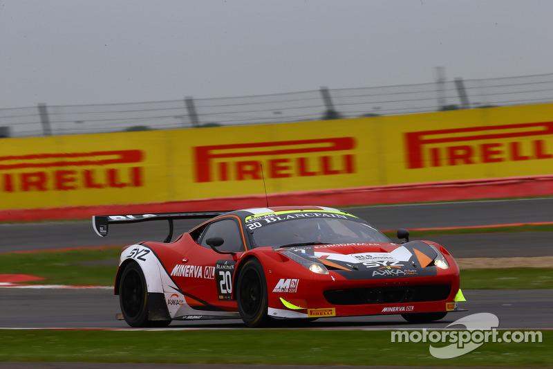 #20 Akka ASP, Ferrari 458 Italia: Jean-Luc Beaubelique, Philippe Giauque, Morgan Moulin Traffort