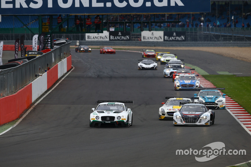 #8 Bentley Team M-Sport, Bentley Continental GT3: Maximilian Buhk, Andy Soucek, Maxime Soulet