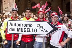 Yonny Hernández y Danilo Petrucci, Pramac Racing Ducatis y Andrea Iannonen y Andrea Dovizioso, Ducat