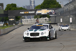#20 Team Bentley Dyson Racing, Bentley Continental GT3: Butch Leitzinger