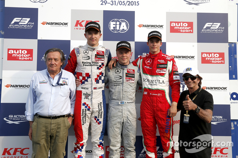 Podium Giancarlo Minardi and second place Jake Dennis and winner Felix Rosenqvist, Prema Powerteam and third place Mikkel Jensen, Mücke Motorsport and Emerson Fittipaldi