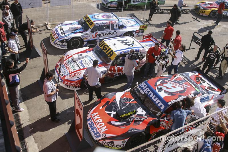 Top 3 #1 Хуан Мануель Сільва, Catalan Magni Motorsport Ford #2 Гільєрмо Ортеллі, JP Racing Chevrolet