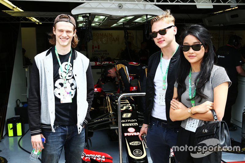 Lotus F1 Team guests, Актор,; Ben Hardy, Актор,; Lana Condor, Actress