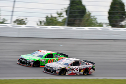 Ty Dillon, Richard Childress Racing, Chevrolet, und Danica Patrick, Stewart-Haas Racing, Chevrolet