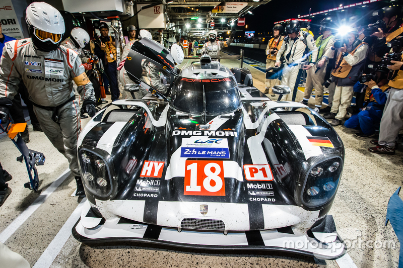 Pole winner #18 Porsche Team Porsche 919 Hybrid: Romain Dumas, Neel Jani, Marc Lieb
