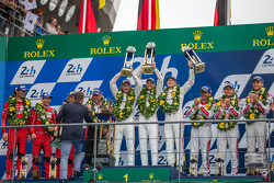 LMP1 podium: class and overall winners Porsche Team: Nico Hulkenberg, Nick Tandy, Earl Bamber, second place Porsche Team: Timo Bernhard, Mark Webber, Brendon Hartley, third place Audi Sport Team Joest Audi R18 e-tron quattro: Marcel Fässler, Andre Lotterer