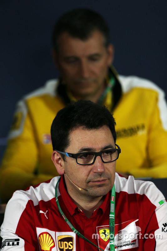 Mattia Binotto, gerente de motores da Ferrari na coletiva de imprensa da FIA