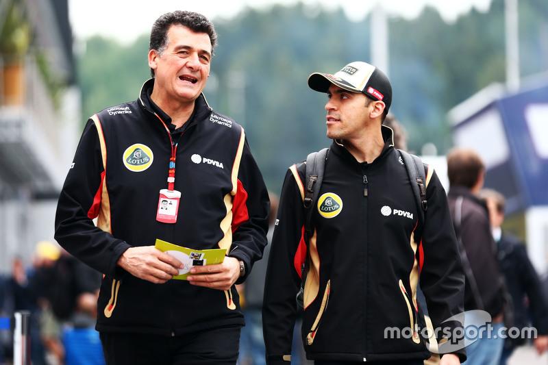 Federico Gastaldi, Lotus F1 Team Deputy Team Principal with Pastor Maldonado, Lotus F1 Team