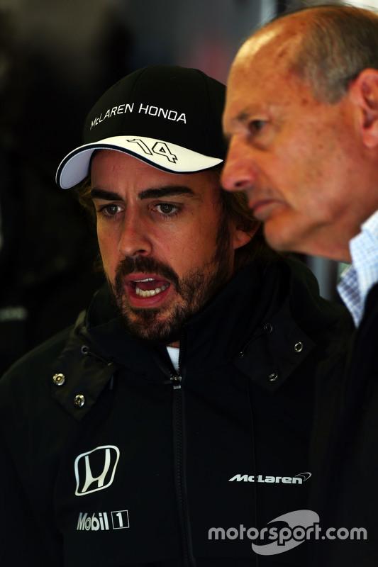 Fernando Alonso, McLaren com Ron Dennis, diretor executivo da McLaren