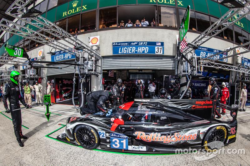 Pit stop for #31 Extreme Speed Motorsports Ligier JS P2: Ed Brown, Jon Fogarty, Johannes van Overbee