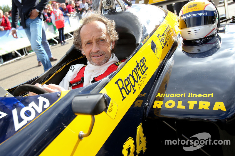 Pierluigi Martini, in a Minardi at the Legends Parade