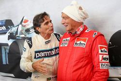 Nelson Piquet,, dan Niki Lauda, Mercedes Non-Executive Chairman di Legends Parade