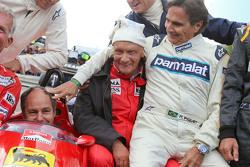Drivers at the Legends Parade: Christian Danner, Riccardo Patrese, Gerhard Berger, Niki Lauda, Merce