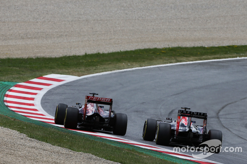 Макс Ферстаппен, Scuderia Toro Rosso STR10 та Даніель Ріккіардо, Red Bull Racing RB11 - боротьба за