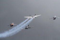 Pre-race airshow