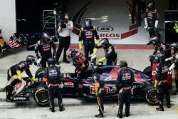 Carlos Sainz Jr., Scuderia Toro Rosso opgave