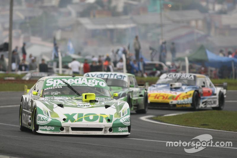 Agustin Canapino, Jet Racing Chevrolet; Juan Bautista de Benedictis, Alifraco Sport Ford e Luis Jose di Palma, Indecar Racing Torino