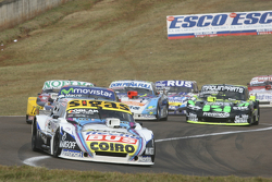 Mauricio Lambiris, Coiro Dole Racing Torino, dan Christian Ledesma, Jet Racing Chevrolet, dan Nicola