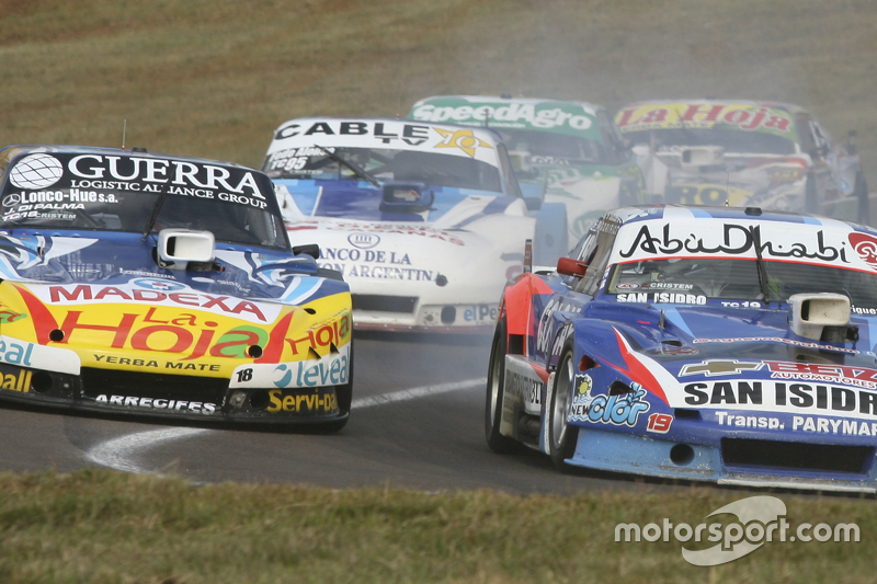 Луїс Хосе де Пальма, Indecar Racing Torino та Матіас Родрігес, UR Racing Dodge та Федеріко Алонсо, Taco Competicion Torino (left-right-middle)