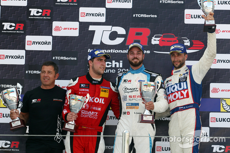 Podium: race winner Stefano Comini, SEAT Leon, Target Competition  second place Pepe Oriola, SEAT Leon, Craft Bamboo Racing LUKOIL  third place Mikhail Grachev, SEAT Leon, Liqui Moly Team Engstler