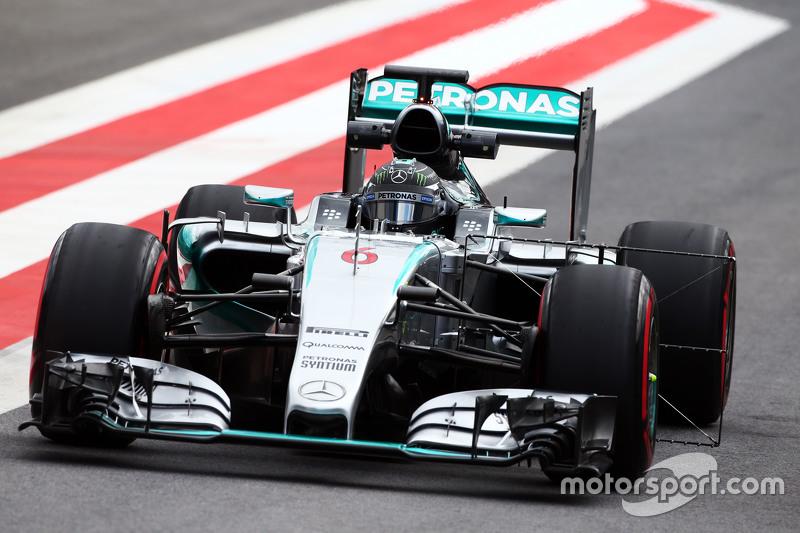 Nico Rosberg, Mercedes AMG F1 W06 running sensor equipment