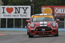 #52 Mini John Cooper Works Team, Mini JCW: Wei Lu, Glenn Nixon