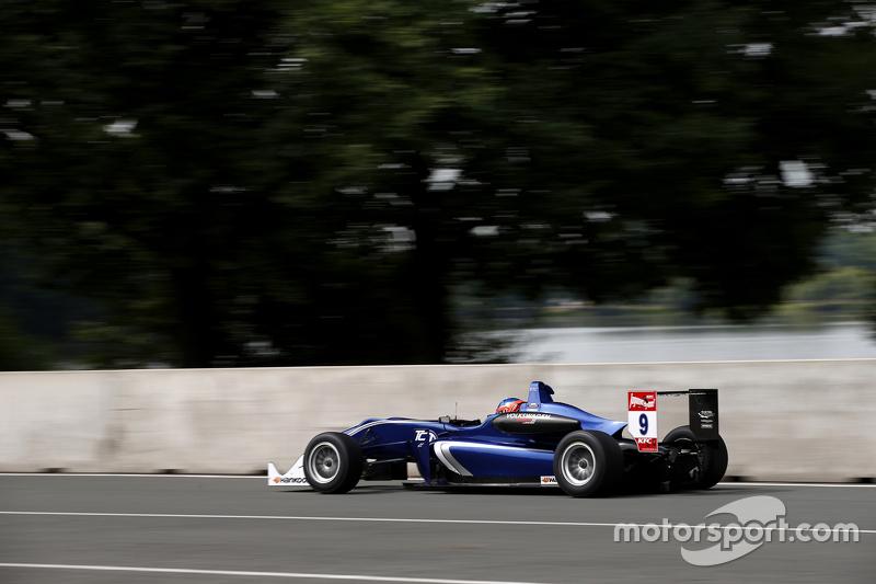 9 Tatiana Calderon, Carlin Dallara Volkswagen