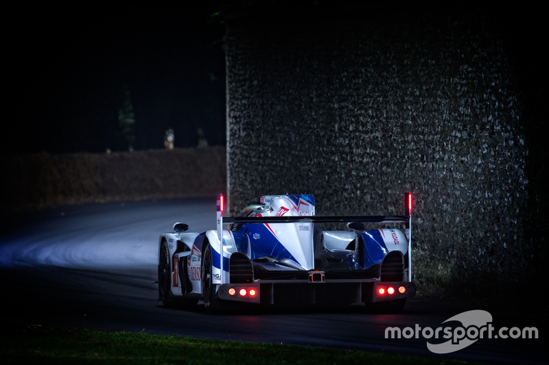 Toyota TS040 Hybrid - Mike Conway