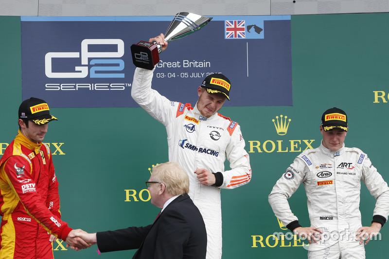 Podium: 1. Sergey Sirotkin, Rapax; 2. Alexander Rossi, Racing Engineering, und 3. Stoffel Vandoorne, ART Grand Prix