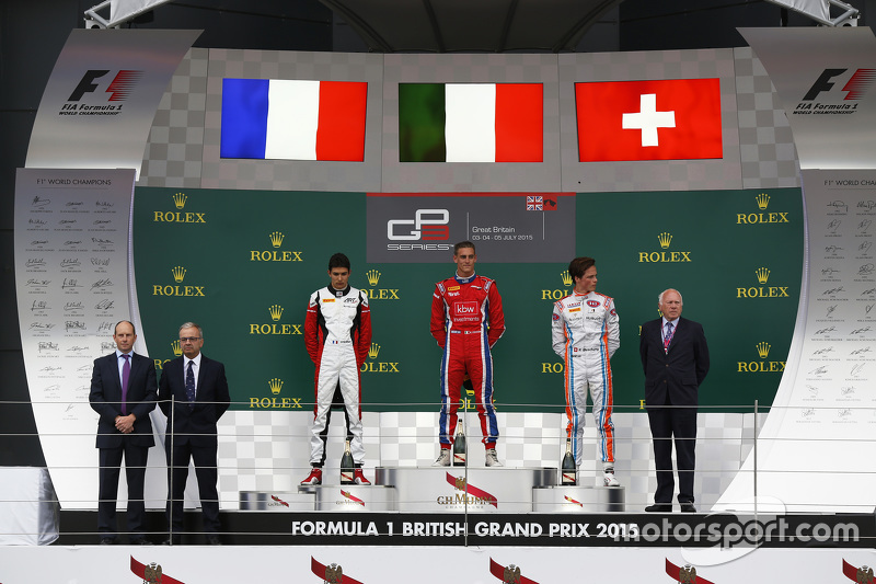 Podium: second place Esteban Ocon, ART Grand Prix and winner Kevin Ceccon, Arden International and third place Ralph Boschung, Jenzer Motorsport