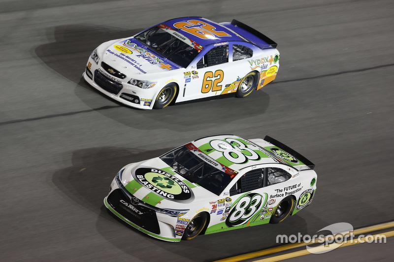 Brendan Gaughan, Richard Childress Racing, Chevrolet, und Matt di Benedetto, BK Racing, Toyota
