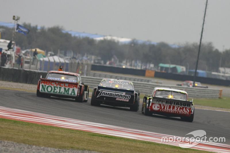 Pedro Gentile, JP Racing Chevrolet, dan Diego de Carlo, JC Competicion Chevrolet, dan Juan Pablo Gia