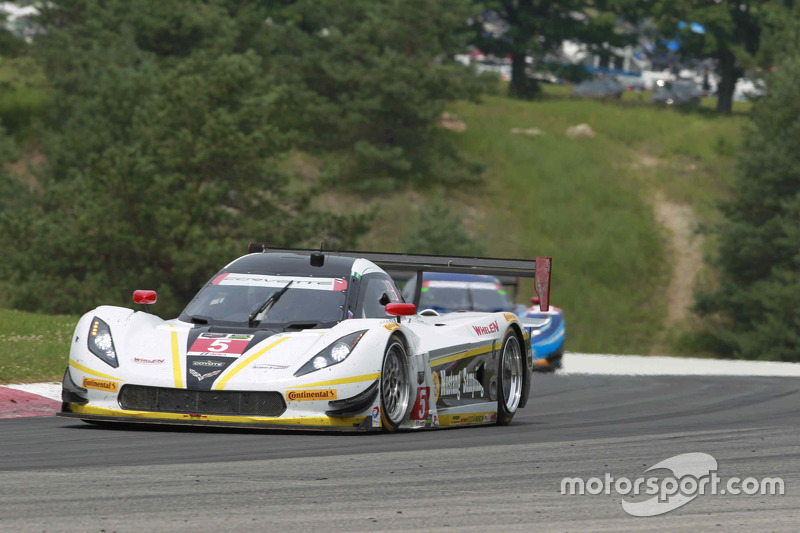 #5 Action Express Racing Corvette DP: Жоао Барбоза, Крістіан Фіттіпальді
